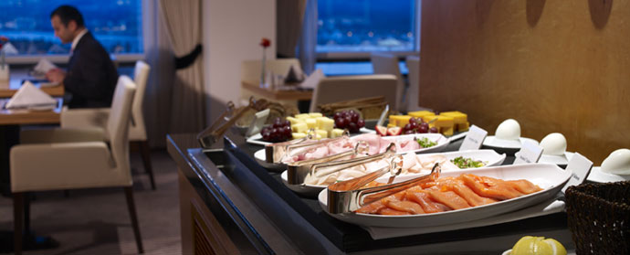 Pacific Club Lounge Breakfast - Pan Pacific Vancouver